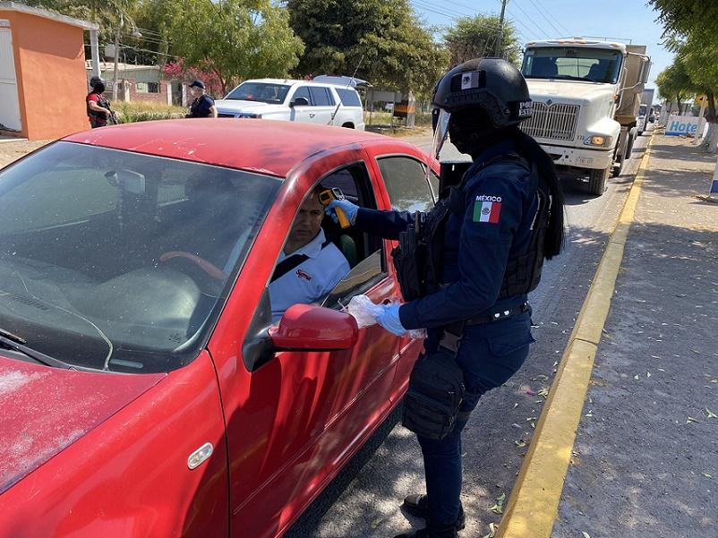 EL BUROCRATISMO EN MANOS DE UN POLICÍA