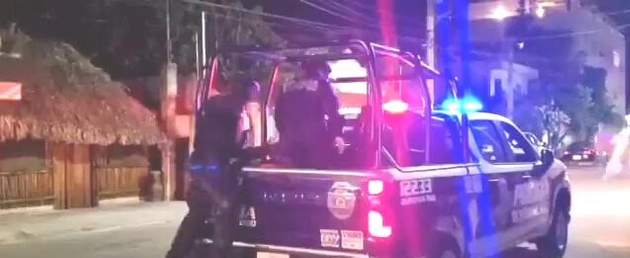 NUEVO CASO DE BRUTALIDAD POLICÍACA PONE OTRA VEZ BAJO LA LUPA PÚBLICA A QUINTANA ROO | VIDEO