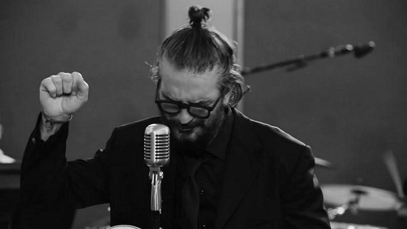 SE REIVENTA RICARDO ARJONA EN SONIDO DE LOS AÑOS 60: ESTRENO | VIDEO MUSICAL